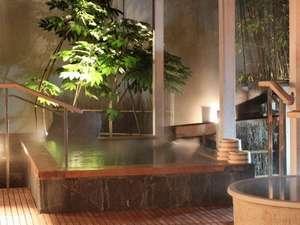 1階ご婦人方「露天風呂」御利用時間は15:00~25:00、5:00~10:00