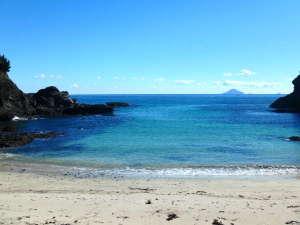 徒歩8分の碁石が浜をはじめ、周辺は美しいビーチ多数