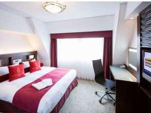【ダブルルーム】禁煙ルームは宿泊棟最上階でのご案内です。(13階)