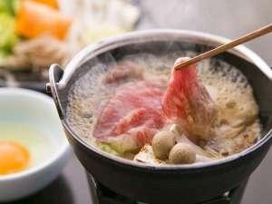 大人気の、極上佐賀牛のすき焼き。(一例)