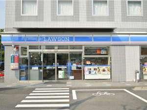 【ローソン宇和島オリエンタルホテル店】ロビー直結で24時間営業です♪とっても便利ですよ☆彡