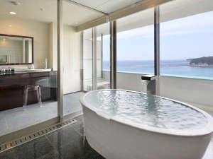 2017年3月 露天風呂付客室「浜水晶」フロアが三楽荘8階に登場※浜水晶和室・洋室タイプ浴室一例