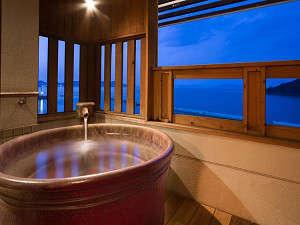 本館露天風呂付客室!ここからの眺めは、本当に素敵です♪(陶器風呂一例)