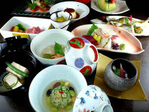 平成30年8月【月見月】…夏を愉しむ懐石料理の品々