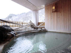8階『最上階展望浴場』ゆっくりと温泉をお楽しみくださいませ。