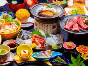 最強グルメ☆和牛ステーキ&鮑の踊り焼きがメインの会席料理。鍋や地元の味も堪能!