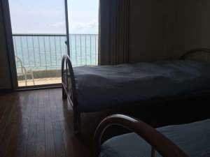 目前にはオーシャンビュー♪海が見えるお部屋は合計7部屋となっております♪