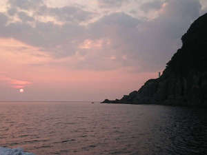 【ある日の風景】竹野浜に沈むロマンチックな夕日