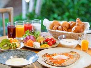 ■朝食/TERRA(イメージ)選べるガレット+新鮮野菜・スープ・パン等をビュッフェ形式で