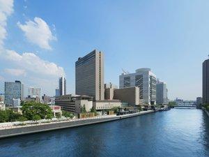 水都 大阪の中心・中之島に位置するリーガロイヤルホテル。