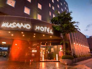 草のホテル:写真