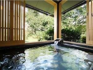◆臥龍梅 215号室◆ 解放感のある客室温泉☆窓を開けると露天風呂の様です♪