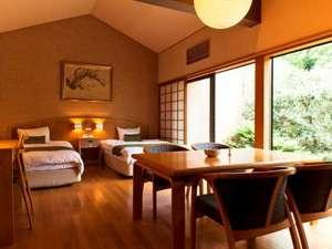 ■臥龍梅■全室床暖房完備。バリアフリー設計の洋室でゆったりとお過ごし下さい。