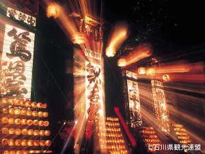 8月22日~23日「輪島大祭」(キリコ祭り) こうしゅうえんは8月23日の夜がメイン会場となります。