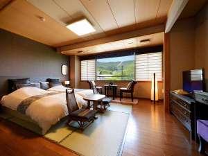 3タイプのモダン和洋室も人気。和のくつろぎと洋の機能性を兼ね備え、快適にお過ごしいただけます。