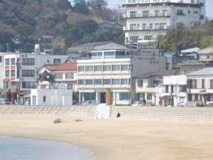 海水浴場すぐ目の前、離島で夏休みの思い出づくり。