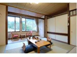 ゆったりと寛げる和室です♪広さはご人数により、6・8・10畳をご用意しております。