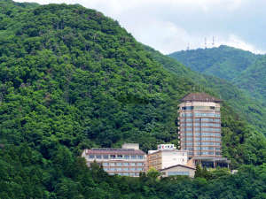 ・城下町を見下ろす高台の宿