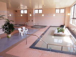 温泉センターの浴場。