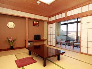 落ち着く和室は、心地がいいものです。