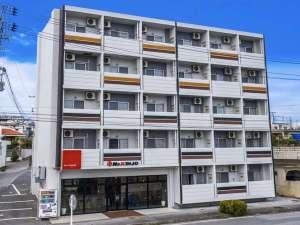 Mr.KINJO in 石川インター<うるま市>