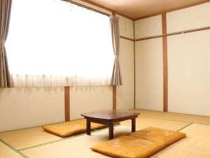 *[部屋一例]シンプルな和室8畳の客室