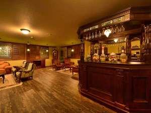 ラウンジでは生ビール、ワイン、ウイスキーetc...心行くまでお楽しみいただけます。