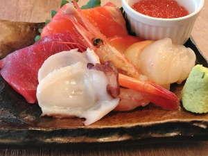 海鮮和定食 お刺身盛り合わせ☆おかわり自由☆