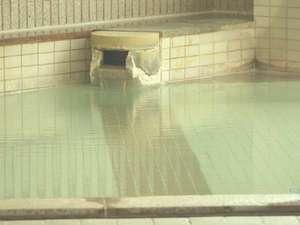 源泉かけ流し温泉・大浴場