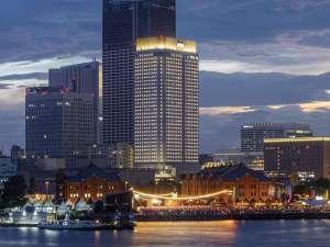 アパホテル&リゾート<横浜ベイタワー> 2019年9月20日開業