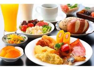 バイキング朝食 営業時間6:30~9:30 1日の活力あるスタートに是非お召し上がり下さい!