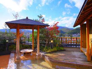 【展望露天風呂】周辺の山々の自然を満喫できる地上7階の展望露天風呂