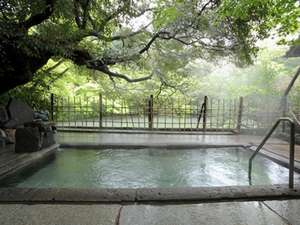 鹿児島県の温泉 湖畔の宿 みどり荘
