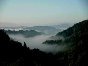 """静かな里山に佇む""""かやぶき屋根""""の宿 やきもち家のイメージ"""