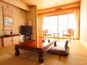 【和室】当館の基本スタイルです。広くはありませんが、清潔に保たれたお部屋です。