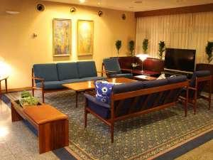 ◆北欧家具でまとめられたロビー。