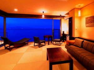 【天空のお部屋】空と海との一体感をコンセプトに、くつろぎの空間と非日常の感動を追及