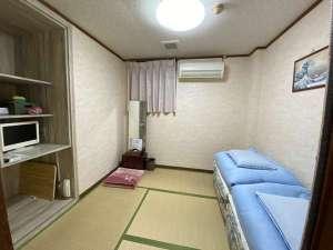 和室ツインルーム【バス トイレ付】Wi-Fi完備