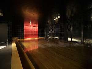 【朱嶺の湯】地下1階大浴場天然温泉です。