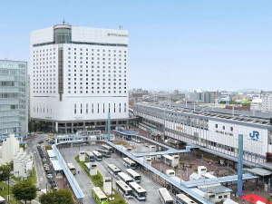 ホテル外観【JR岡山駅2階から直結でベストアクセス】