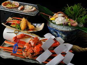 【冬の名物料理】地元で獲れた新鮮な松葉がにをたっぷり味わえる蟹会席