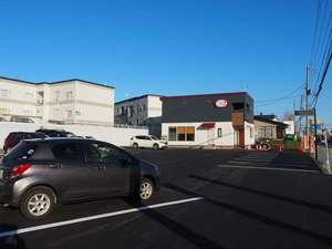 20台駐車可能な無料駐車場RV車、ワンボックスカーもOK