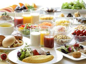 【朝食ブッフェ】(6:30-10:00※9:30最終入場)50種類以上のコンチネンタルブッフェ