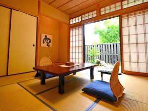 **空の間/和とモダンが調和した心地よい空間。ご夕食はお部屋にてご用意致します