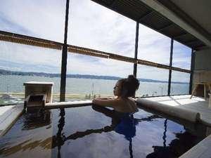 【雲の6】お湯は松江しんじ湖温泉。無色透明でさらりとした肌あたりが特徴の硫酸塩泉。
