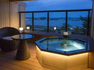 【202号室】露天風呂は温泉を使用しています