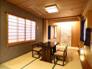 「和室デラックス」は、同窓会を兼ねたご宿泊などにも最適。 足を伸ばしておくつろぎ下さい♪★お子様歓迎
