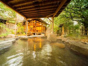 ■露天風呂-維新黎明の湯■ 勤皇の志士が集った湯田温泉。志士の気分で湯に浸かる