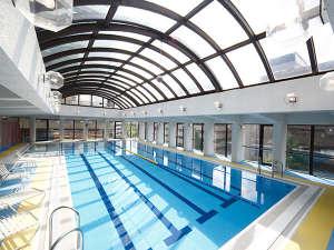 クラブルームご宿泊特典2)フィットネスセンターのプール/サウナ/ジムを無料でご利用頂けます。