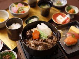 ◆朝食名物★牛鍋をお席までお持ち致します!